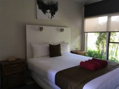 motels in hay nsw